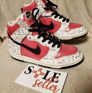 Nike Air dunk high tops. vivid pink/ silver size 5